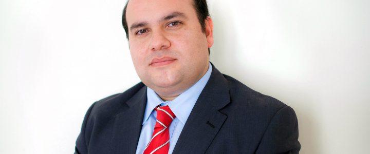 Director del Área Legislativa es seleccionado para programa FAES en Europa