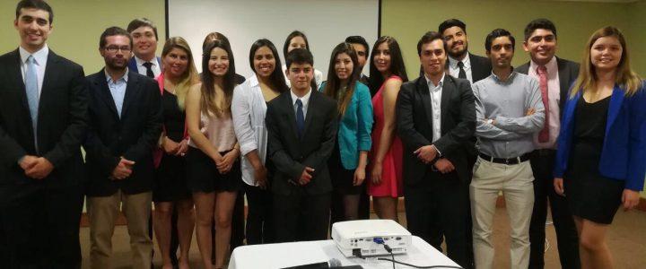Líderes de Valparaíso se gradúan del Bachillerato en Servicio Público