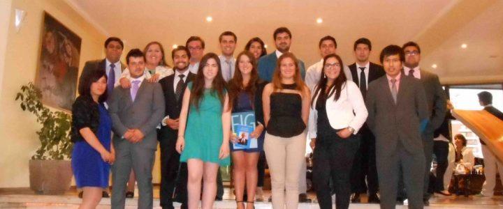 Alumnos de Valparaíso se gradúan del Bachillerato en Servicio Público