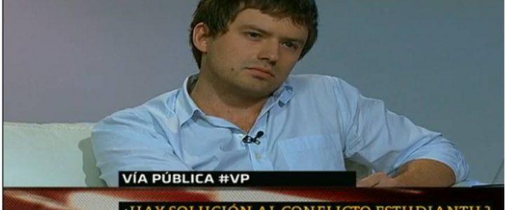 Director del área jóvenes en programa Vía Pública de TVN 24 hrs.