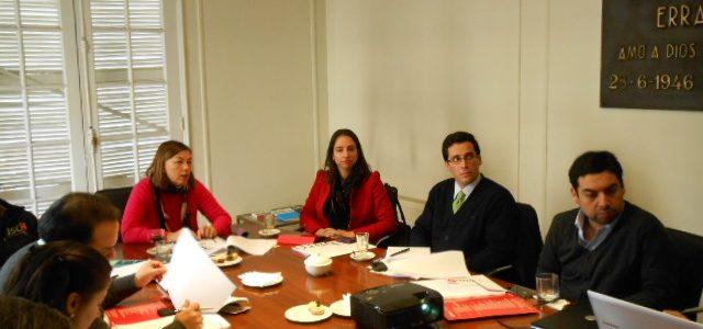 Magdalena Krebs, Directora de la Dirección de Bibliotecas, Archivos y Museos y Vice Presidenta Ejecutiva del Consejo de Monumentos Nacionales se reúne hoy en la Fundación Jaime Guzmán con el Equipo Legislativo.