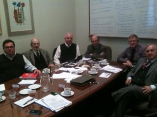 Mesa de trabajo realiza el Centro de Estudios Internacionales de la Universidad Católica de Chile