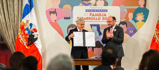 Ministerio de Familia y Desarrollo Social