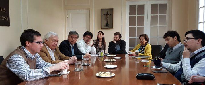 Ernesto Ottone visitó la Fundación Jaime Guzmán en un nuevo Taller de Coyuntura
